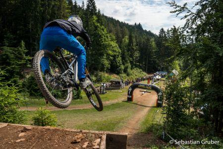 Finish Jump - RDC Steinach 2021.jpg
