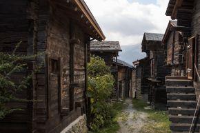 Village - SDC Bellwald 2016.jpg