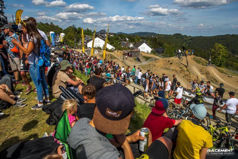 Der Slopestyle Wettbewerb ist definitiv eines der Zuschauer-Highlights des Festivals.